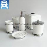 Вспомогательное оборудование ванной комнаты смешивания фарфора и металла использования гостиницы органическое