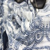 Голубой шарф полиэфира для шалей отдыха вспомогательного оборудования способа женщин
