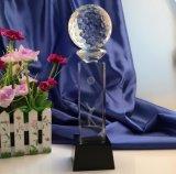 De aangepaste Trofee van het Glas van het Kristal met Bal