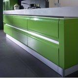 現代緑および白く光沢度の高いラッカーラッカー木モジュラー食器棚