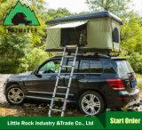 도로 옆 차일 중국 공장 도매를 가진 단단한 쉘 지붕 상단 천막 떨어져 차 야영 4WD를 위해