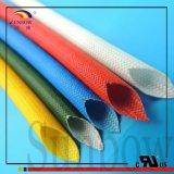 シリコーンゴムの上塗を施してある編みこみのガラス繊維の袖