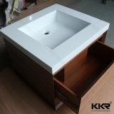 &Sink da bacia de lavagem do banheiro no material acrílico