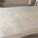 Irradiar los materiales interiores de la decoración del uso de la madera contrachapada del pino