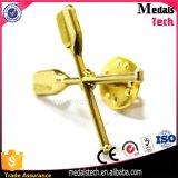 주문 도매 싼 금에 의하여 도금되는 3D 브로치 접어젖힌 옷깃 핀