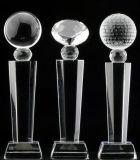 明確な水晶賞およびトロフィのさまざまなサイズモデル