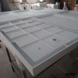 Base di pietra di superficie solida moderna dell'acquazzone della resina