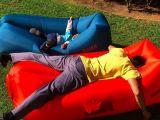 膨脹可能な空気ソファーベッドのLamzacの空気ソファーベッド