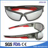 Gafas de sol frescas de los hombres de la motocicleta de la promoción en línea con insignia de encargo