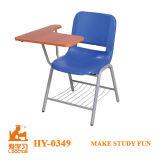 執筆タブレットが付いている商業金属の学校の椅子