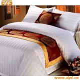 Подгонянный полиэфиром 100% шарф кровати гостиницы (DPF2670)