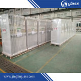 Vidrio de Superwhite usado como puertas y recintos de la ducha