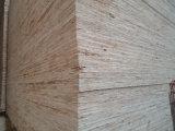 OSB (panneau structural installé) pour les meubles et la construction d'intérieur, construction extérieure