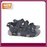 人のための運動浜のサンダルの靴