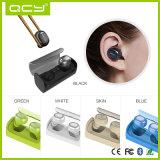 Mini fones de ouvido estereofónicos sem fio verdadeiros Q29 de Bluetooth com banco cobrando