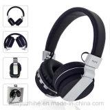BluetoothのヘッドセットのステレオのBluetoothのヘッドホーンサポートTFおよびFM