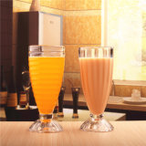 飲料ジュースのガラスコップか飲むガラスのマグ、タンブラー、ガラス製品
