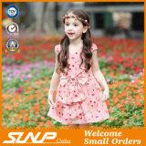 高品質の女の子の花の服の袖なしの子供の摩耗