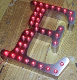 La publicité des signes exposés par lumière de lettre de la Manche en acier de point de 3D DEL
