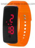 El silicón elegante embroma el reloj de la llamada de teléfono de la seguridad del GPS SOS G/M de la pulsera de las señoras LED Bluetooth de las mujeres de los niños del niño