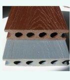 Decking du PE WPC (composé en plastique en bois)
