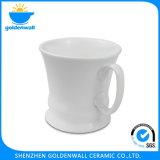 Taza de café blanca modificada para requisitos particulares de la porcelana de la insignia para el restaurante