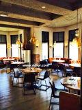Caferia a utilisé les meubles en bois de restaurant pour le jeu de Tableau et de présidence