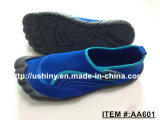 El zapato del Aqua de los hombres resumió los zapatos