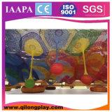 Campo de jogos interno da árvore nova do arco-íris (QL--060)