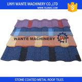 Tuiles de toiture enduites en métal de pierre de bonne qualité pour toutes sortes de décoration de toit de construction