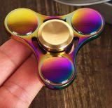 De nieuwe In het groot Kleurrijke Spinner van de Vingertop van de Vinger van het Ontwerp van het UFO van het Stuk speelgoed van het Metaal van de Legering van het Zink van de Spinner van de Fabriek Roterende