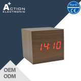 Digital LED Wood Cube Clock com som controlado