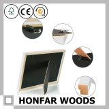 Bâti en bois blanc de photo d'illustration de simplicité pour la décoration