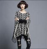 Frauen-Form-Baumwollnylon gestrickter Winter-Franse-Pullover (YKY2054)