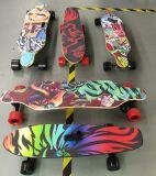 卸し売りベルト駆動900W*2四輪電気スケートボードのスクーター