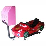 Máquina de juego de fichas el competir con de coche de los cabritos de la diversión
