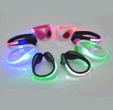 Compettive 가격을%s 가진 클립을 달리는 도매 형식 LED 단화