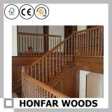 白い木製階段塀階段手すり