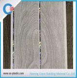 потолок PVC 20cm 25cm пожаробезопасный напечатал с серебристой или золотистой линией в устоичивом качестве