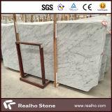台所壁のための良質のBiancoカラーラの白い大理石の平板か床またはカウンタートップまたは虚栄心の上またはテーブルの上
