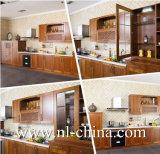 Moderner weißer industrieller hoher glatter festes Holz-Küche-Schrank