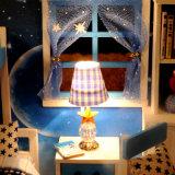 빛과 가구 DIY 인형의 집 소형 나무로 되는 집에 적당한