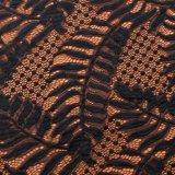多彩な波パターンLeaf-Shapedレースの衣服のためのジャカードによって編まれるメッシュ生地