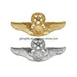 Emblemas gravados, ouro chapeado, com o Rhinestone
