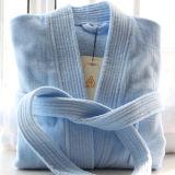 Robe longue unisexe de pile de coupure d'hôtel blanc avec le collier de Sherpa