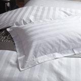 Linge de lit de la literie Set/4 PCS de coton d'hôtel de bande de satin (WS-2016003)