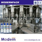 Линия молока машины запечатывания автоматической бутылки любимчика заполняя заполняя