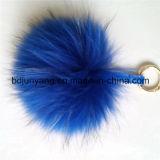 Het Bont Pompom Keychain van de wasbeer voor het In orde maken van Decoratie