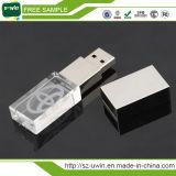 USB 3D de cristal con la insignia del laser