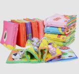 Livres de tissu animaux faits sur commande de bâti pour des gosses